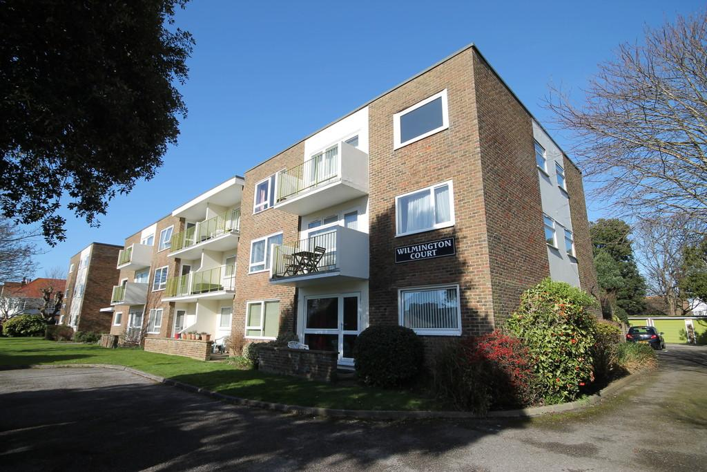 1 Bedroom Apartment Flat for sale in Bath Road, Worthing BN11 3QN