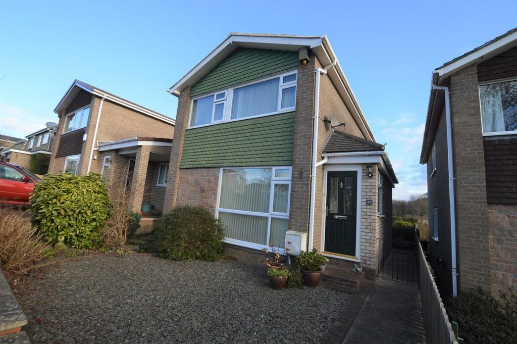 3 Bedrooms Detached House for sale in Dene Rd, Wylam