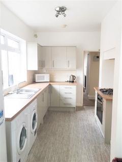 6 bedroom semi-detached house to rent - St Annes Road, Headingley, Leeds, LS6 3NX