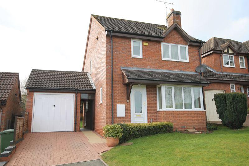 3 Bedrooms Detached House for sale in Oak Close, Bromyard