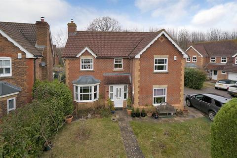 4 bedroom detached house for sale - Stirling Road, Kings Hill, ME19 4RD