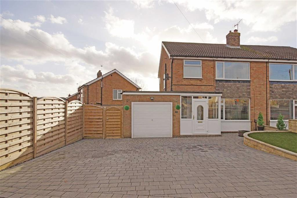 3 Bedrooms Semi Detached House for sale in Knox Chase, Harrogate, North Yorkshire