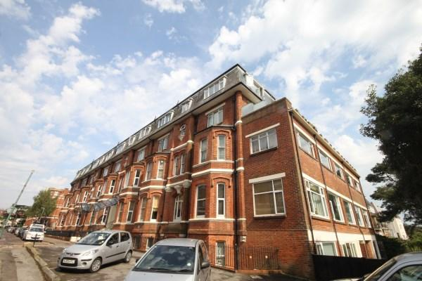 2 Bedrooms Apartment Flat for sale in Durley Gardens, Bournemouth