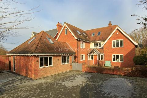 6 bedroom detached house for sale - Braiswick