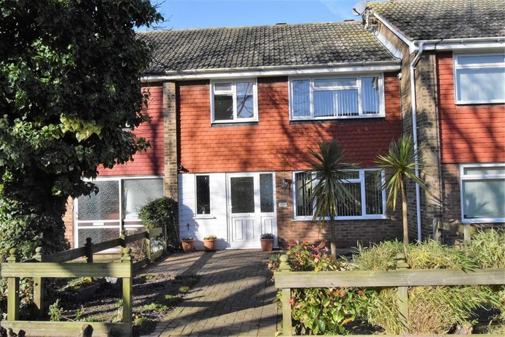 3 Bedrooms Terraced House for sale in Otterham Quay Lane, Rainham