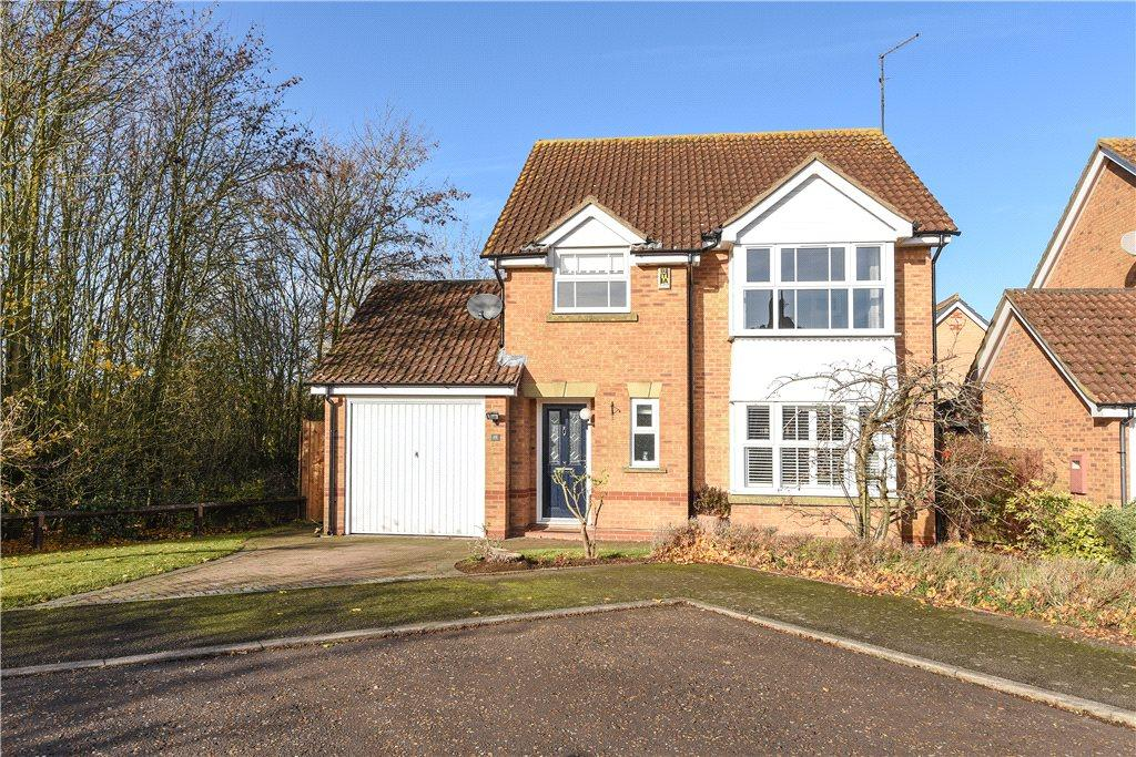 4 Bedrooms Detached House for sale in Stourhead Drive, East Hunsbury, Northamptonshire