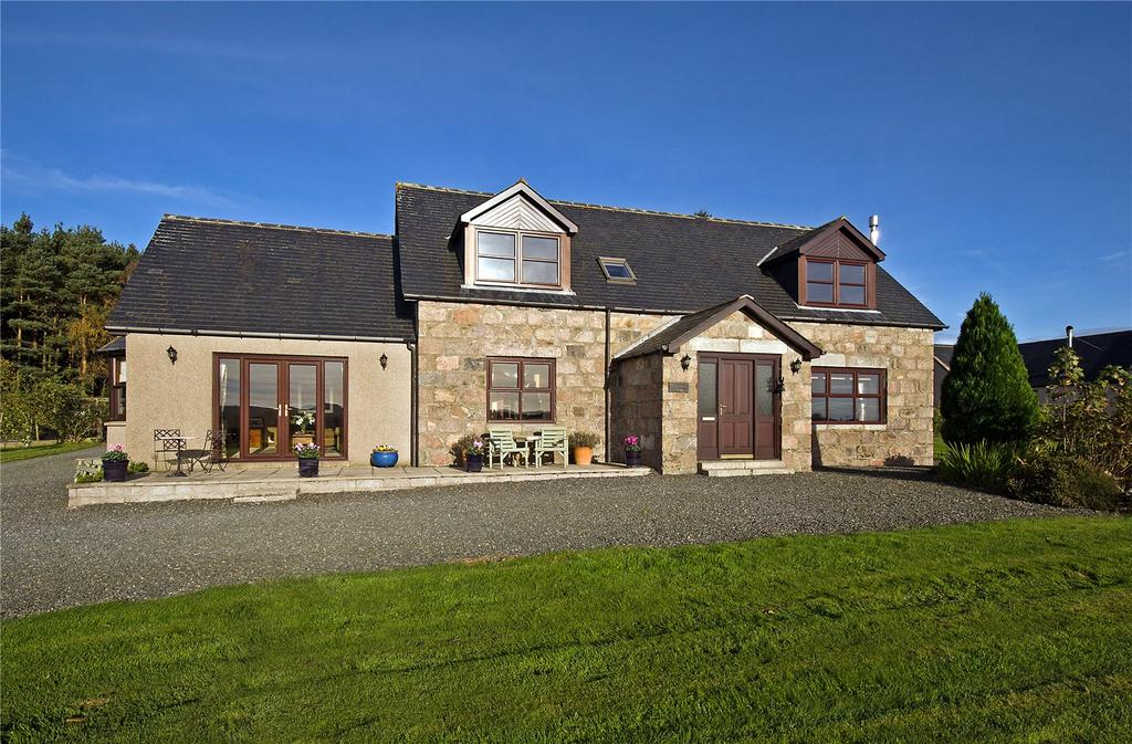 4 Bedrooms Detached House for sale in Barrowsgate House, Drumoak, Banchory, Aberdeenshire