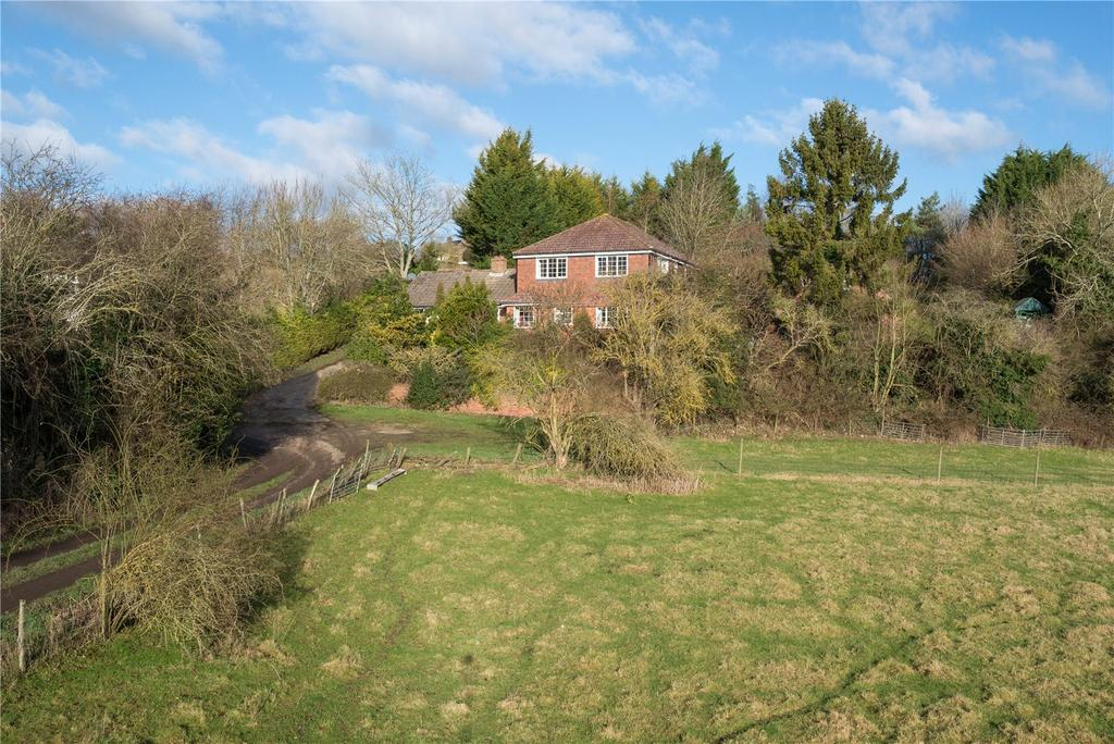 5 Bedrooms Detached House for sale in The Broadway, Petham, Canterbury, Kent