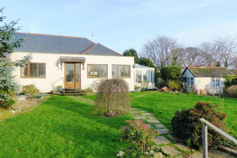 2 bedroom semi-detached bungalow for sale - Bodmin Road, Truro