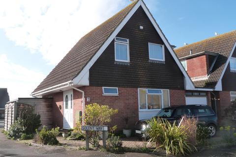 3 bedroom detached house for sale - Solent Way, Selsey
