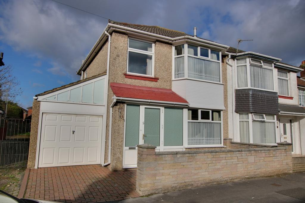 3 Bedrooms Semi Detached House for sale in Freemantle, Southampton