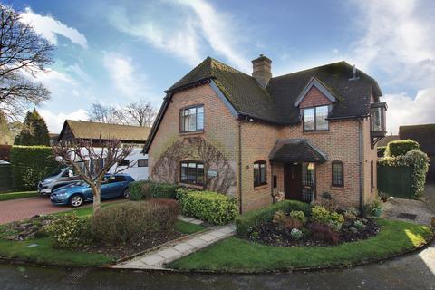 4 bedroom detached house for sale - Bramdean, Nr Alresford