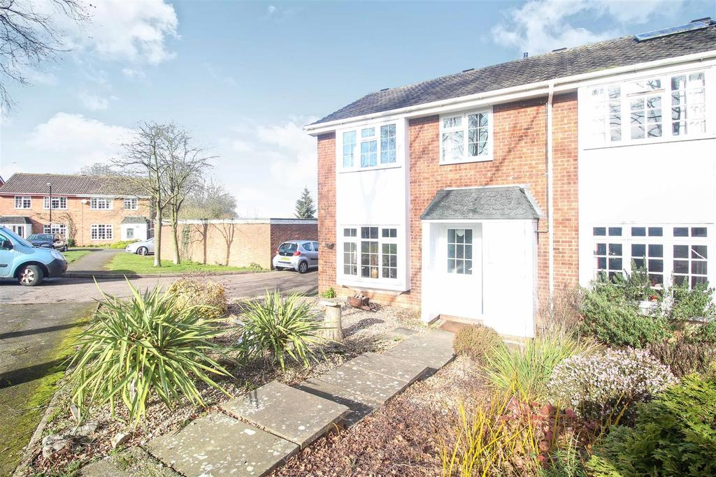 3 Bedrooms Semi Detached House for sale in Millway Drive, Bishops Tachbrook, Leamington Spa