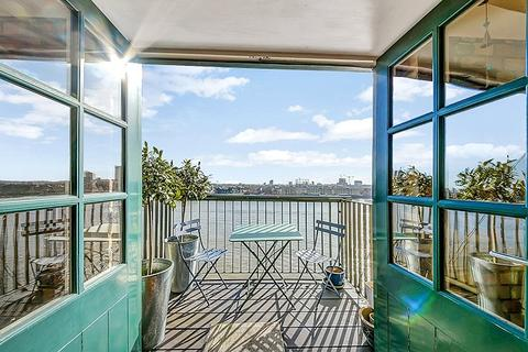 2 bedroom penthouse for sale - Merchant Court, 61 Wapping Wall, Wapping, London, E1W