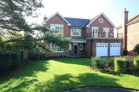 5 bedroom detached house for sale - Kendrick Gate, overlooking Calcot Golf Course, Berkshire