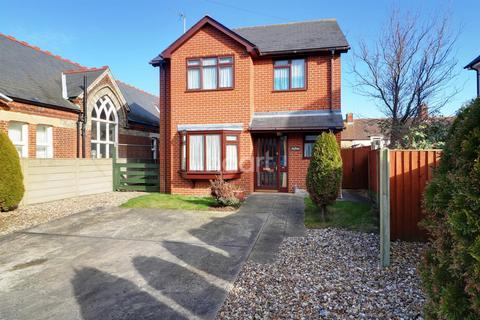 3 bedroom detached house for sale - Tyler Street, Parkeston, Harwich, Essex