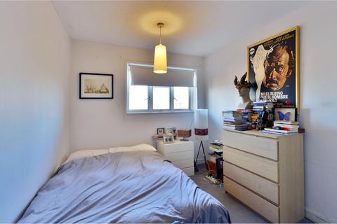2 bedroom flat for sale - Zion House, Jubilee Street, London, E1