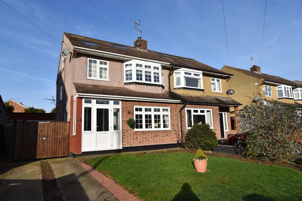 4 Bedrooms Semi Detached House for sale in Trafalgar Avenue, Broxbourne EN10
