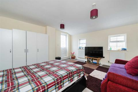 1 bedroom apartment to rent - Lord Derby House, 2B Griffin Road, Plumstead