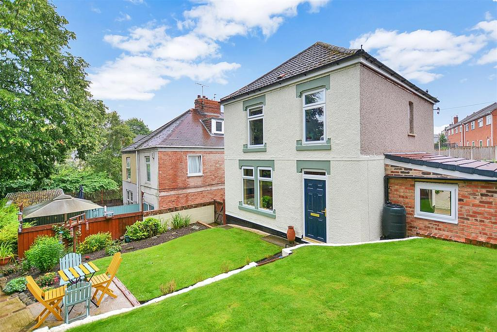 3 Bedrooms Detached House for sale in Poplar Drive, Pleasley