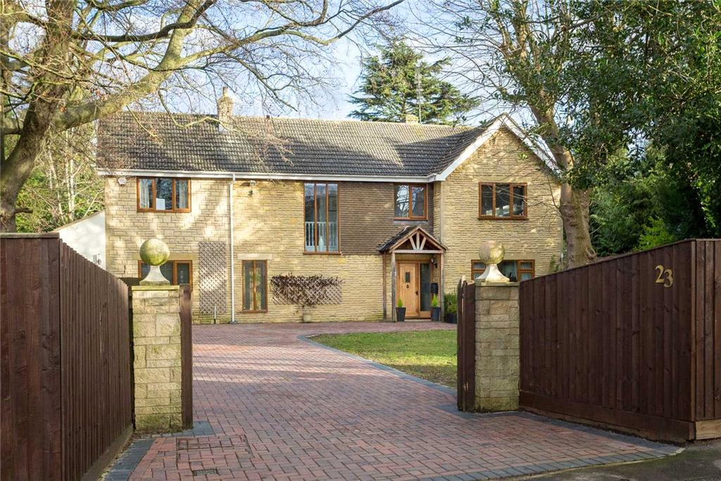 4 Bedrooms Detached House for sale in Sandy Lane, Charlton Kings, Cheltenham, Gloucestershire, GL53