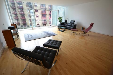 2 bedroom flat to rent - Saffron Wharf, 20 Shad Thames, London