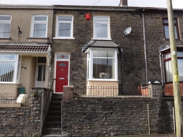 3 Bedrooms Terraced House for sale in Madeline Street, Pontygwaith, Ferndale