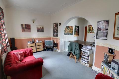 1 bedroom flat for sale - Ditton Court Road, Westcliff on Sea
