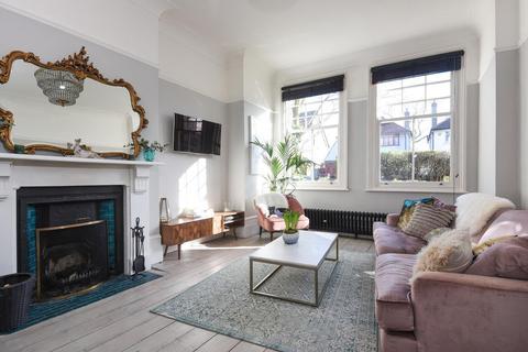 3 bedroom flat for sale - Glenluce Road, Blackheath