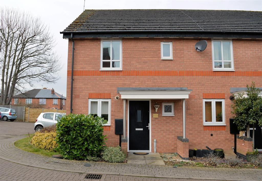 2 Bedrooms Town House for sale in Estima Close, Stoneygate, Leicester