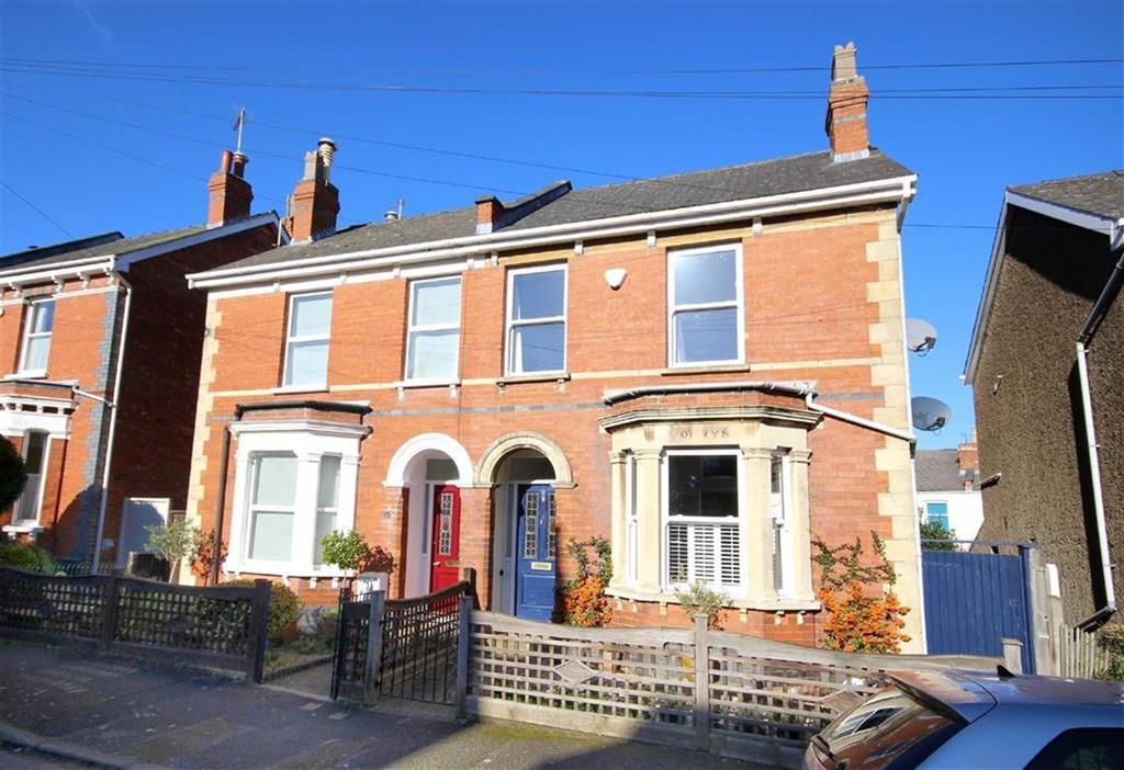 3 Bedrooms Semi Detached House for sale in Ewlyn Road, Leckhampton, Cheltenham, GL53