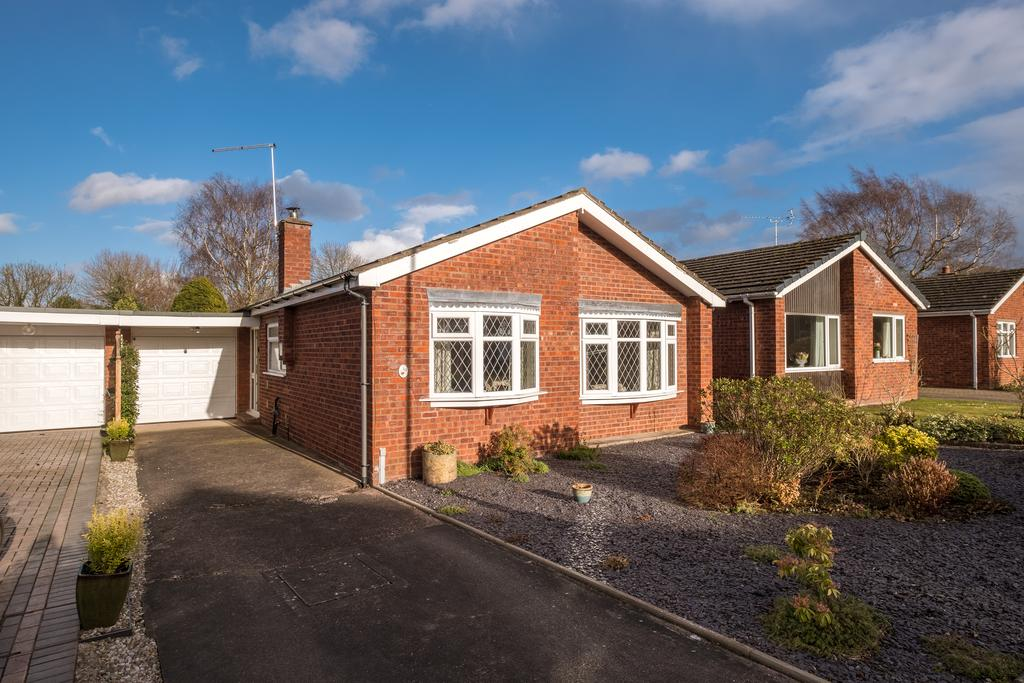 2 Bedrooms Detached Bungalow for sale in OPEN HOUSE SATURDAY 24th February 12.00 - 1.00pm. Tollgate Drive, Audlem