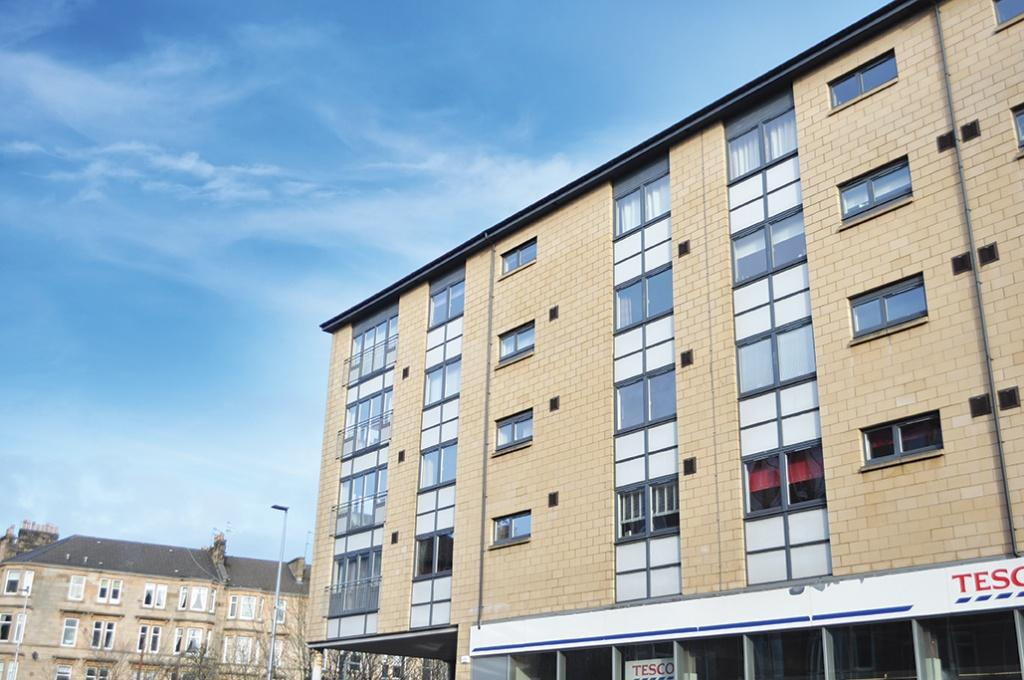 2 Bedrooms Flat for sale in 2 White Cart Court, Kilmarnock Road, Shawlands, G43 2AT