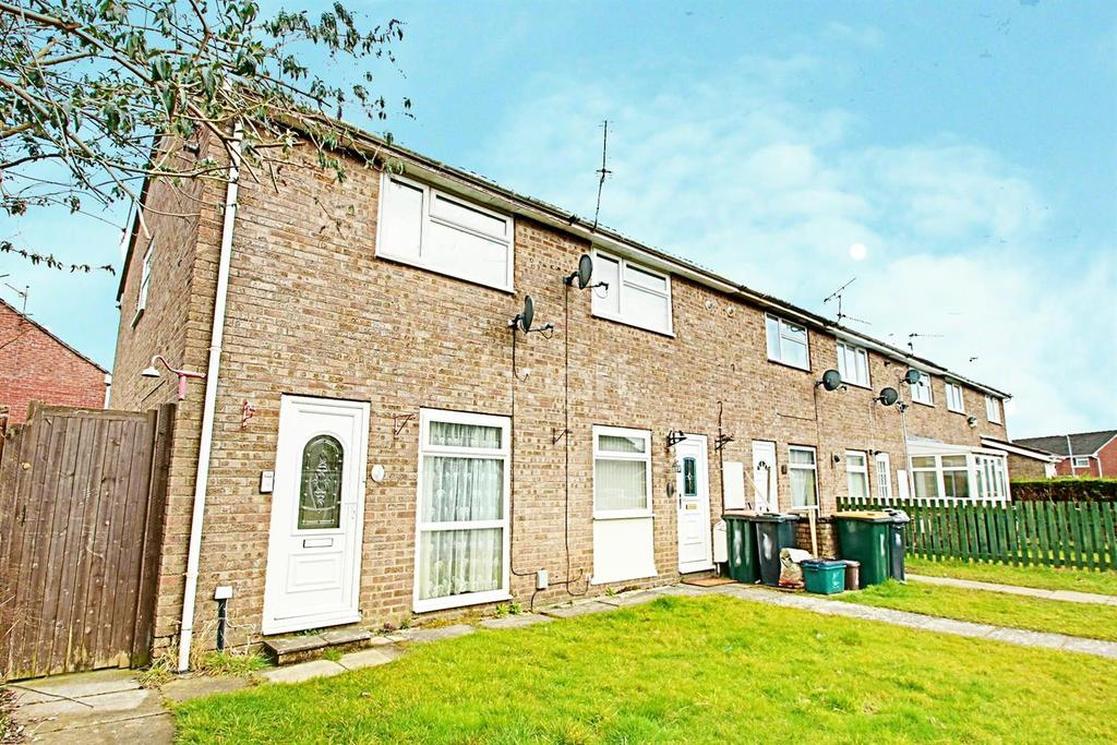 2 Bedrooms End Of Terrace House for sale in Winchester Close, Newport, NP20 3BL