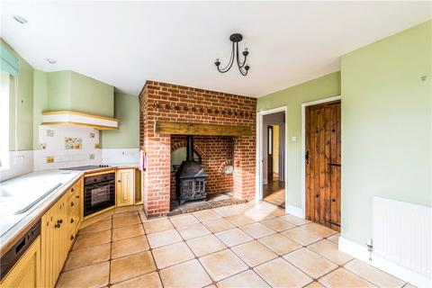 3 bedroom detached house for sale - Clyffe Pypard, Swindon, Wiltshire, SN4