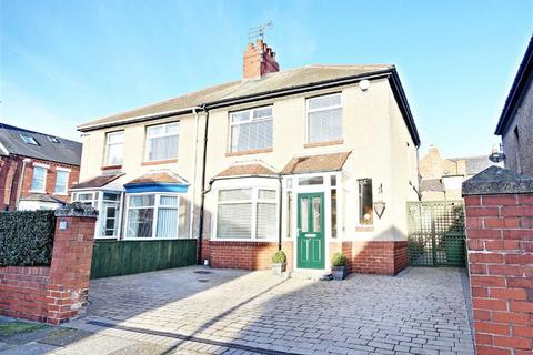 3 bedroom semi-detached house for sale - Greta Gardens, South Shields, Tyne And Wear