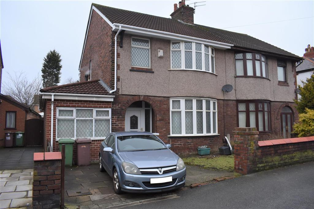 3 Bedrooms Semi Detached House for sale in St. James Road, Eccleston Park, Prescot
