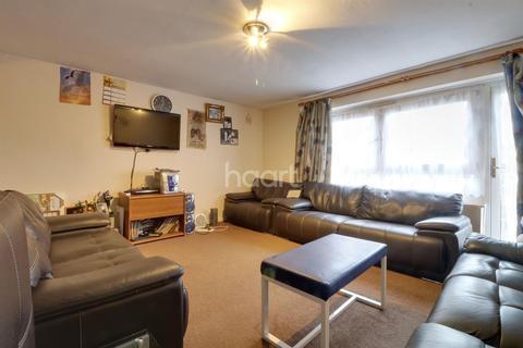 3 bedroom flat for sale - Darwin House, Wembley Park