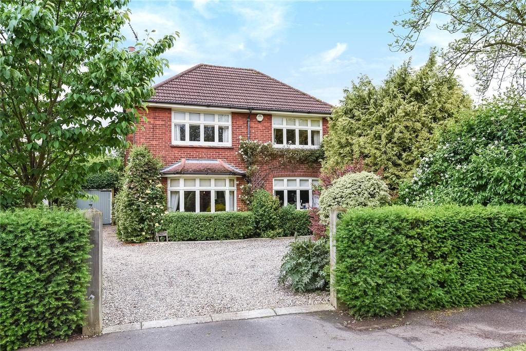 5 Bedrooms Unique Property for sale in Warwick Road, Bishop's Stortford, Hertfordshire, CM23