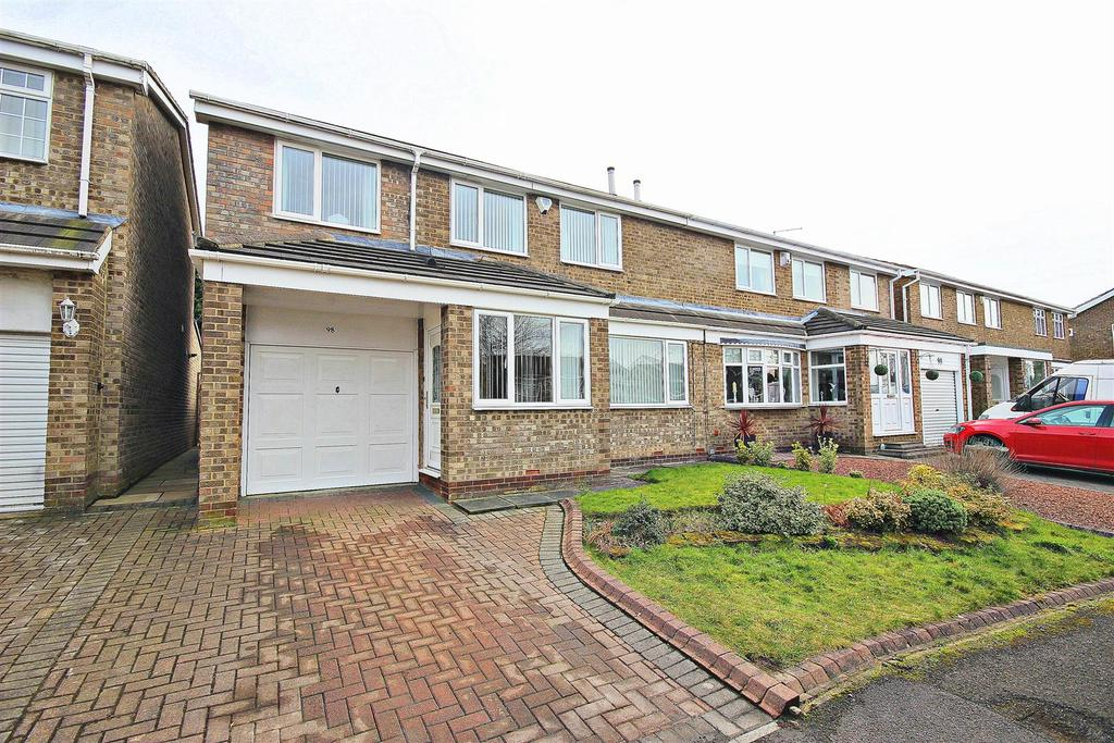 4 Bedrooms Semi Detached House for sale in Wensley Close, Ouston, Chester Le Street