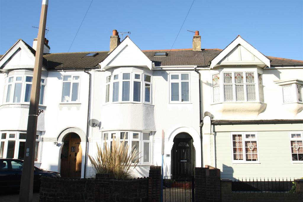 5 Bedrooms Terraced House for sale in Glendale Gardens, Leigh-On-Sea