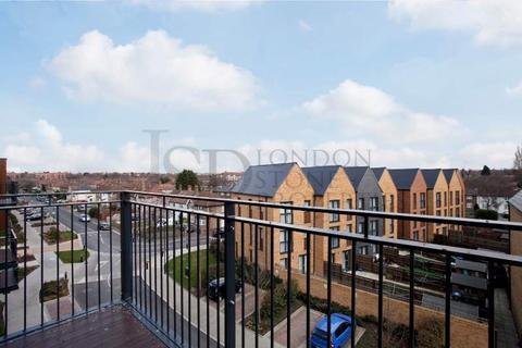1 bedroom flat for sale - Conningham Court, Kidbrooke Village, London SE9
