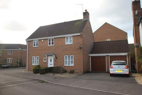 4 bedroom detached house for sale - Liederbach Drive, Verwood