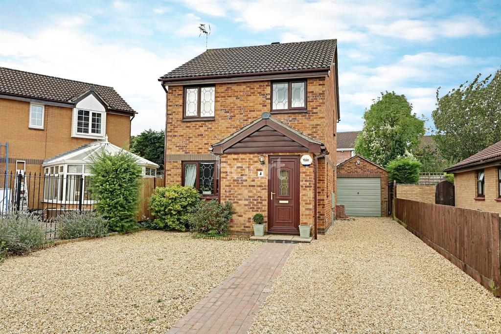 3 Bedrooms Detached House for sale in Bradford Close, Grantham
