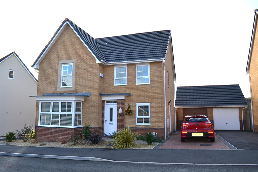 4 Bedrooms House for sale in Horizon Way, Loughor, Swansea