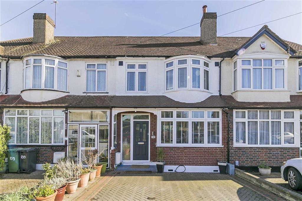 3 Bedrooms Terraced House for sale in Ardrossan Gardens, Worcester Park, Surrey