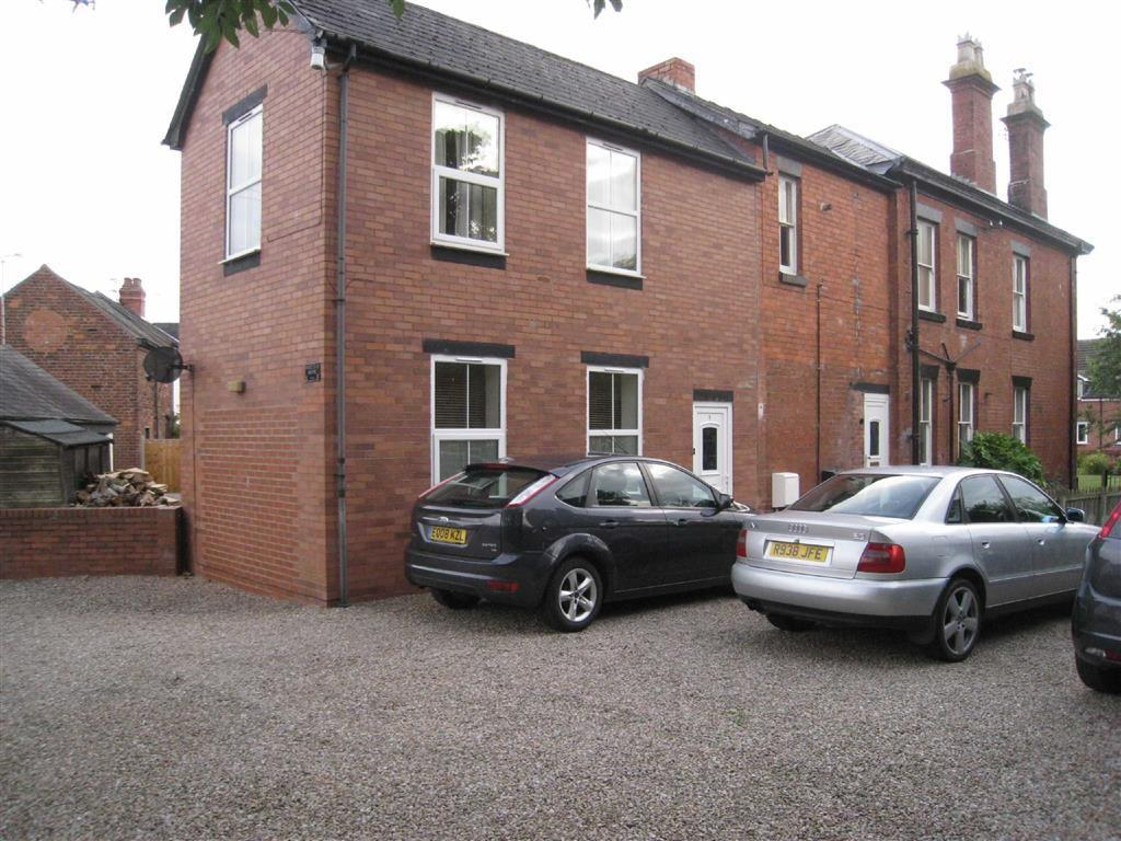3 Bedrooms Flat for sale in St Martins Road, Gobowen, Oswestry