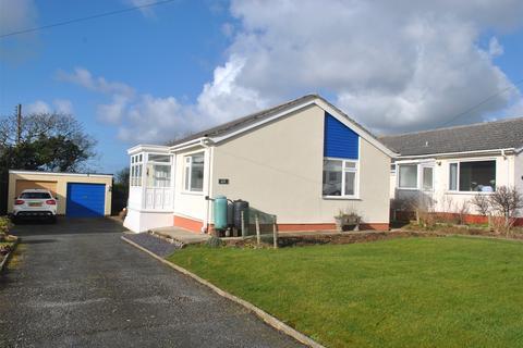 2 bedroom detached bungalow for sale - Trelawney Avenue, Poughill