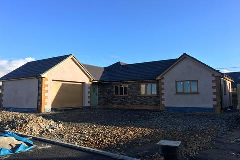 4 bedroom detached bungalow for sale - Jewell Meadow, Parkham