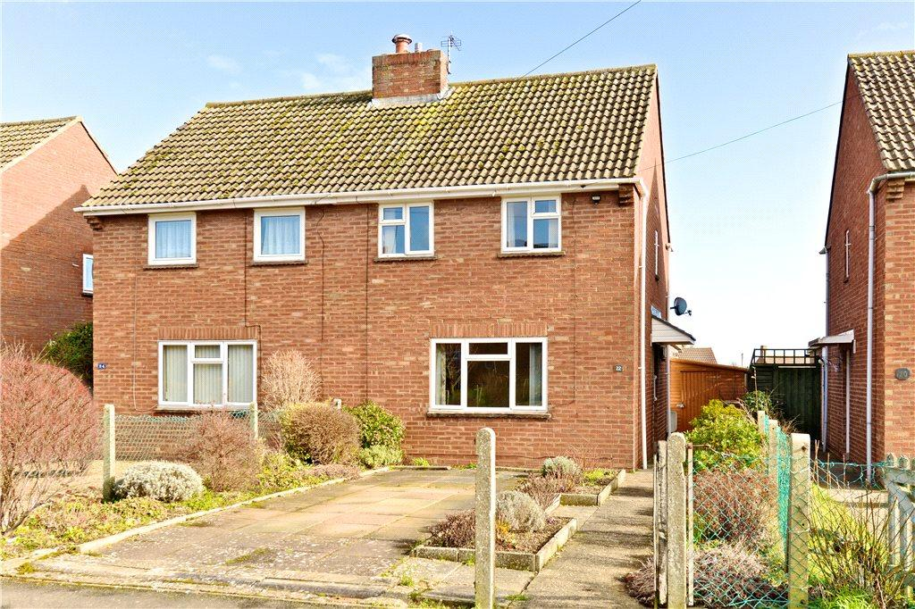 2 Bedrooms Semi Detached House for sale in Spinney Hill Road, Olney, Buckinghamshire